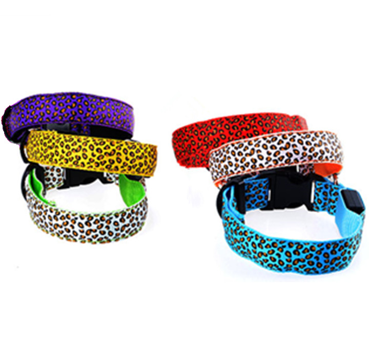 Wholesale cool leopard print battery pet collar safety LED dog collar